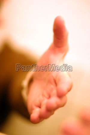 handschlag geste