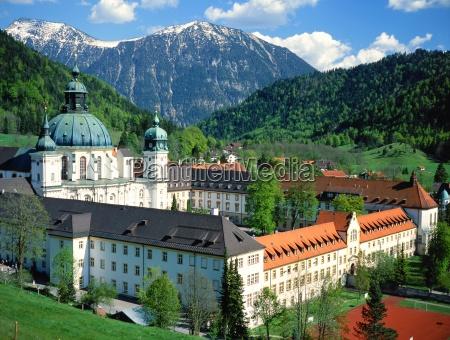 kloster ettal vor estergebirge