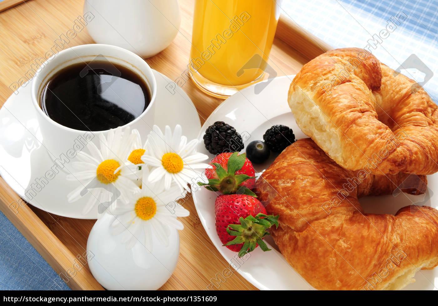 frühstück, serviert, auf, einem, tablett - 1351609