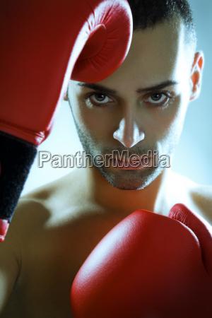sport kampf kaempfen gesicht durchhalten boxer