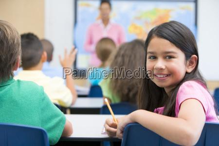 student in der klasse zu suchen