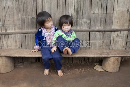 kinder von asien volksgruppe meo hmong