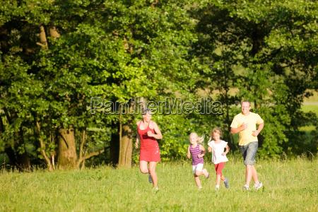 familie und sport joggen
