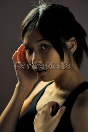 portrait einer thailaenderin
