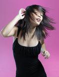 tanzende thailaenderin