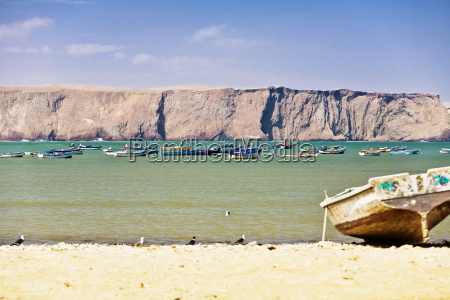 boat on the beach paracas national