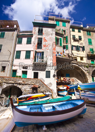 riomaggiore fisherman village in cinque terre