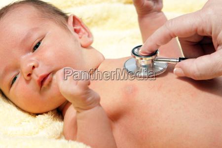 stethoskop hoeren ein baby