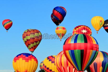 bunte heissluftballone
