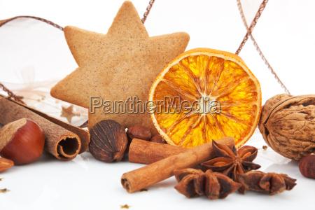 traditionelle weihnachten lebkuchen orange zimt und. Black Bedroom Furniture Sets. Home Design Ideas