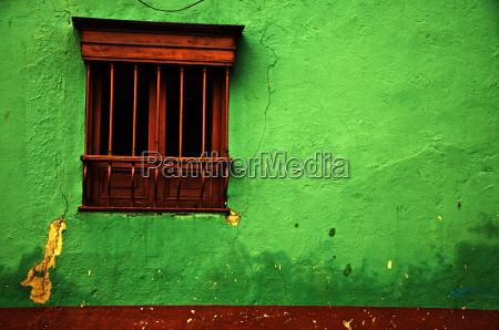 green colonial wall