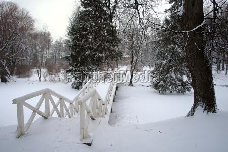 park after snowstorm