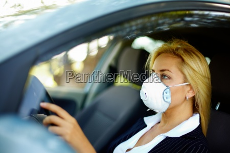 driving in polluted zone