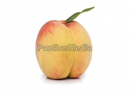 peach with leave isolated on the