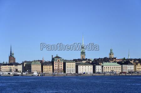 hafenfront an der skeppsbron in stockholm