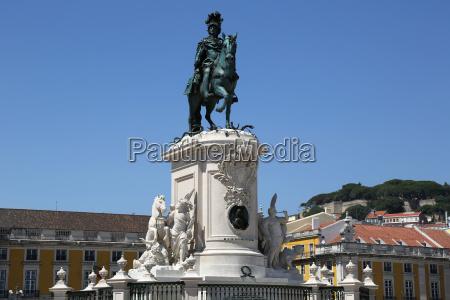 denkmal in lissabon portugal praca da