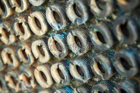 schraube stahl metall rostig stifte bolzen