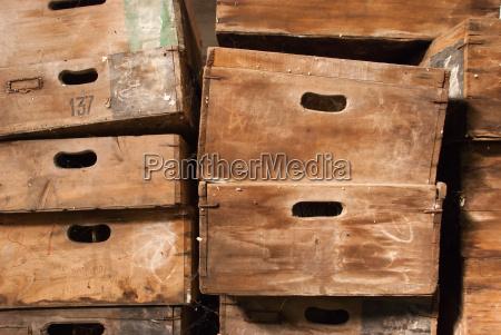 holz antik weinlese weinernte altertuemlich boxen
