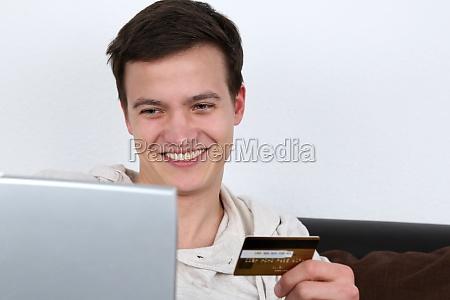 einkaufen im internet mit kreditkarte
