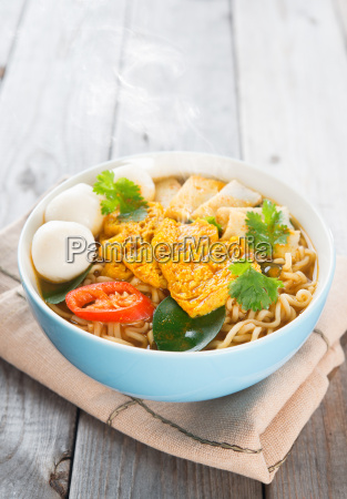 spicy curry instant noodles