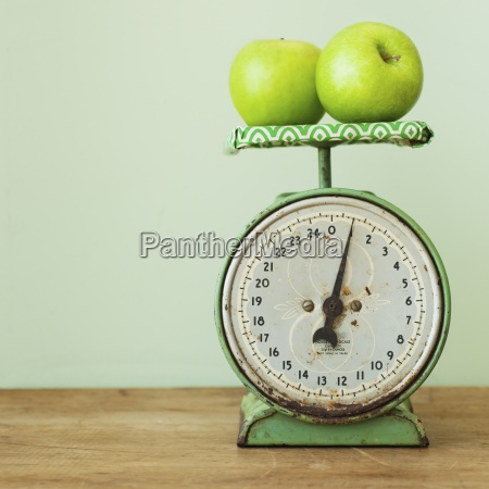 food aliment fruit rusty vertical weight