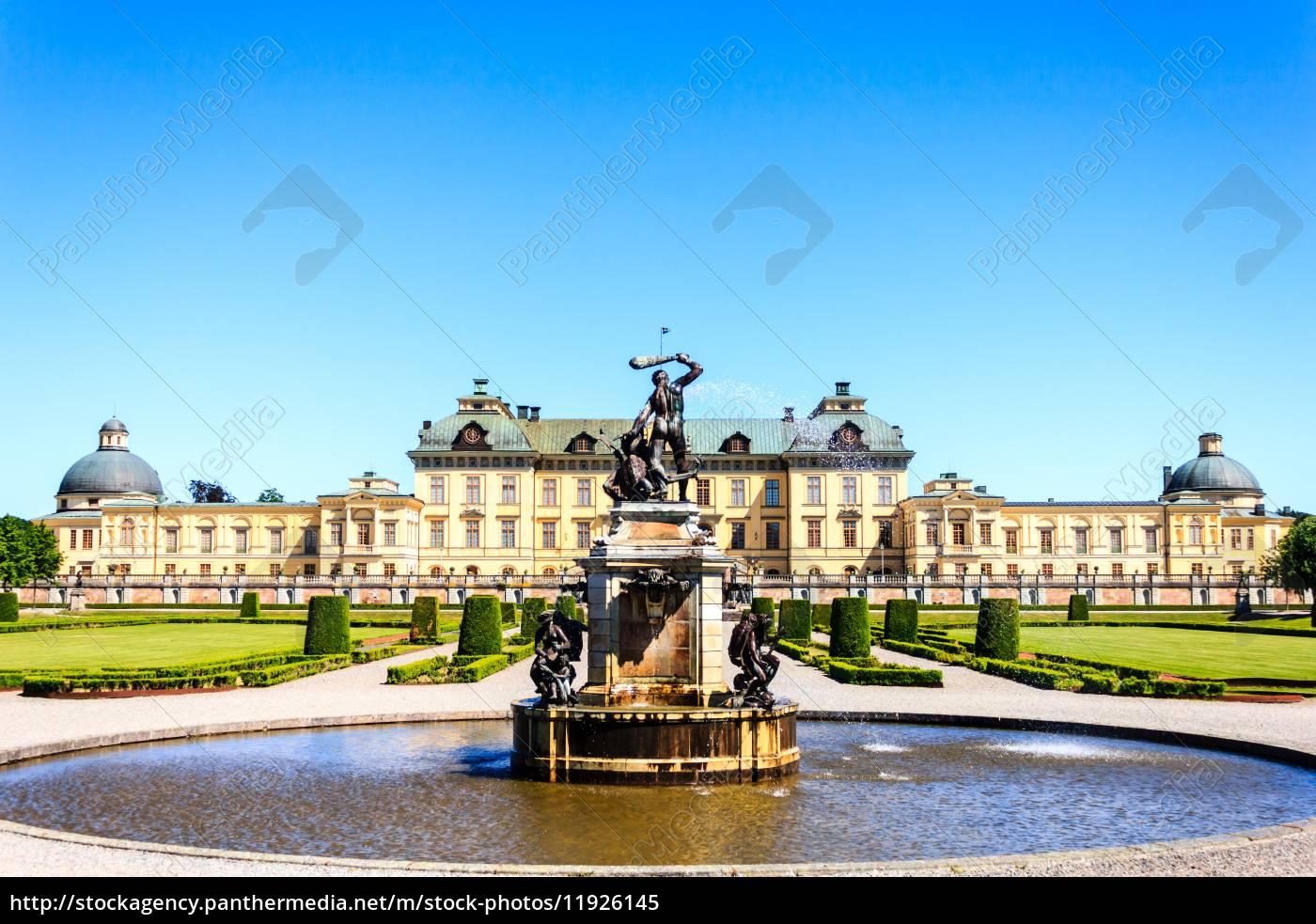 brunnen, vor, drottningholms, slott, (königspalast) - 11926145