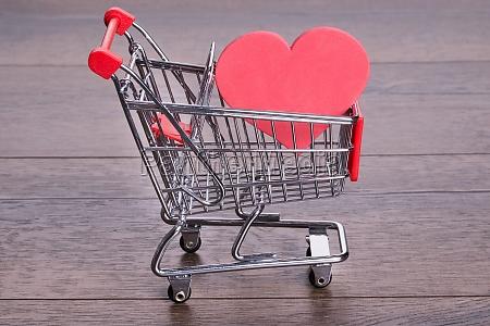 heart in shopping cart