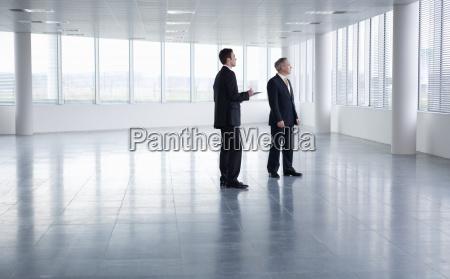 bewegung, regung, positionsänderung, translokation, verschiebung, büro - 12906628
