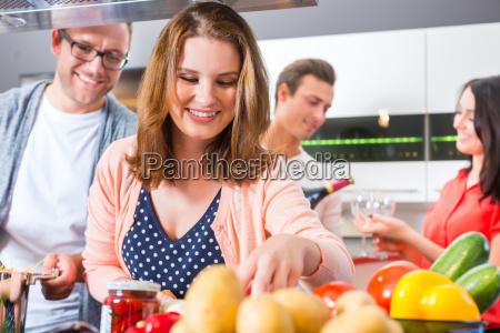 Zu hause kochen und verkaufen