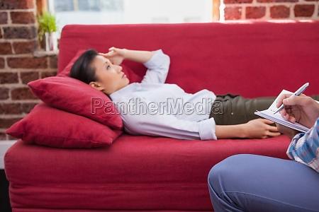 depressiven patientendie auf couch