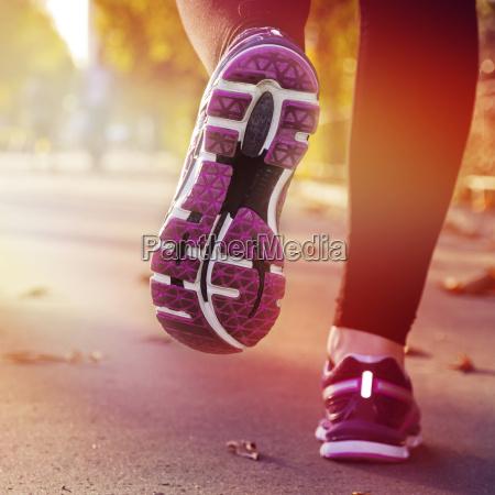woman, running - 14045175