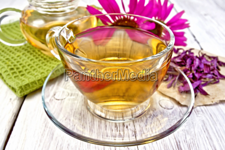 tea echinacea in glass cup on
