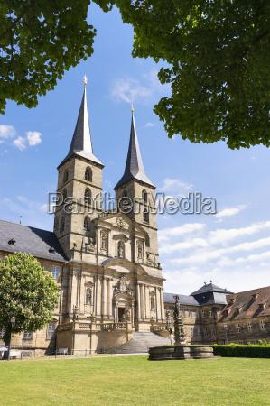 kirche stadt kloster gotteshaus globus planet