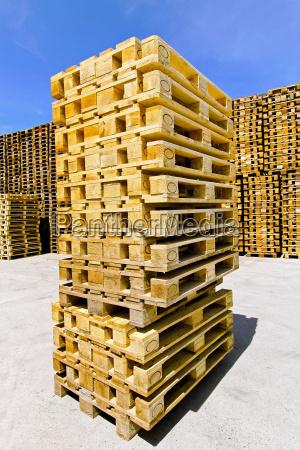 pallet stack