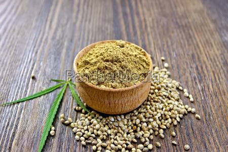flour hemp in bowl of grain
