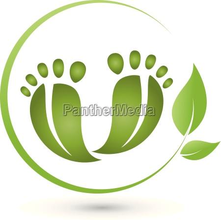 zwei fuesse und blaetter logo fusspflege