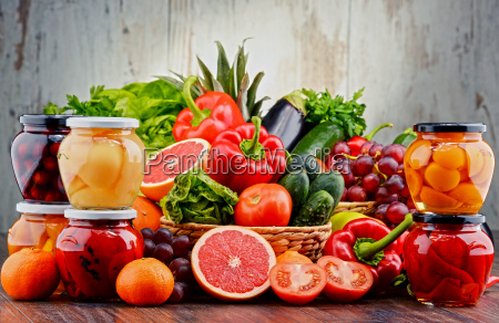 composition with variety of organic vegetables