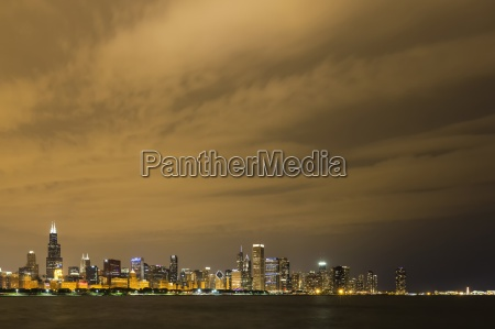 usa illinois chicago skyline and lake