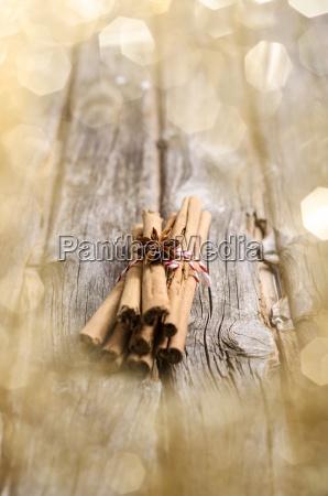 cinnamon sticks and star anise on