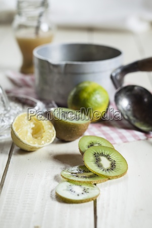 sliced kiwis for chilled soup