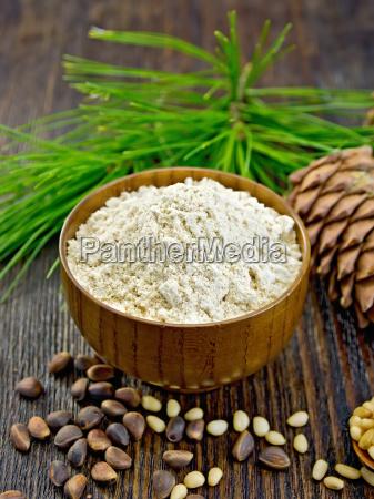 flour cedar in wooden bowl on