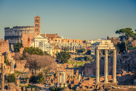forum romanum at sunset