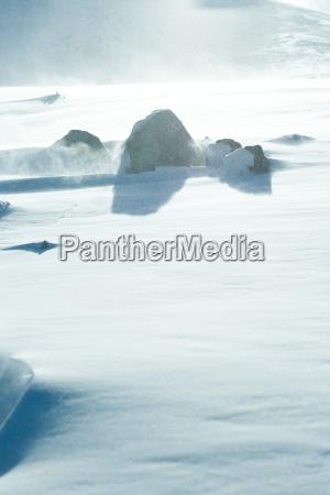 rocks von schnee schwellen