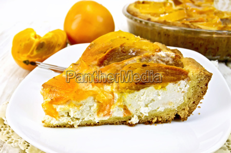 pie with curd and persimmons in