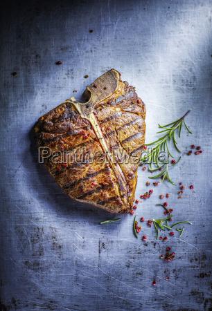 t bone steak red pepper and