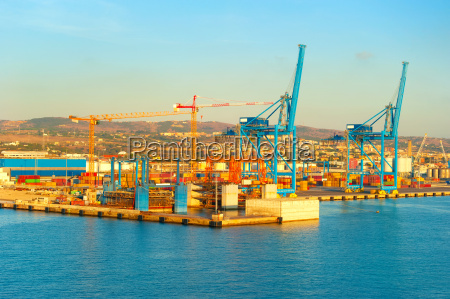 commercial port italy