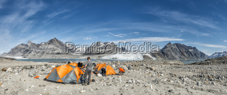 greenland kulusuk mountaineers in tent camp