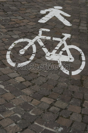icons for pedestrians and cyclists on