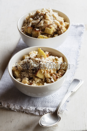 two bowls of vegan quinoa porridge