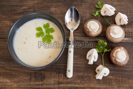 creme of mushroom soup in a